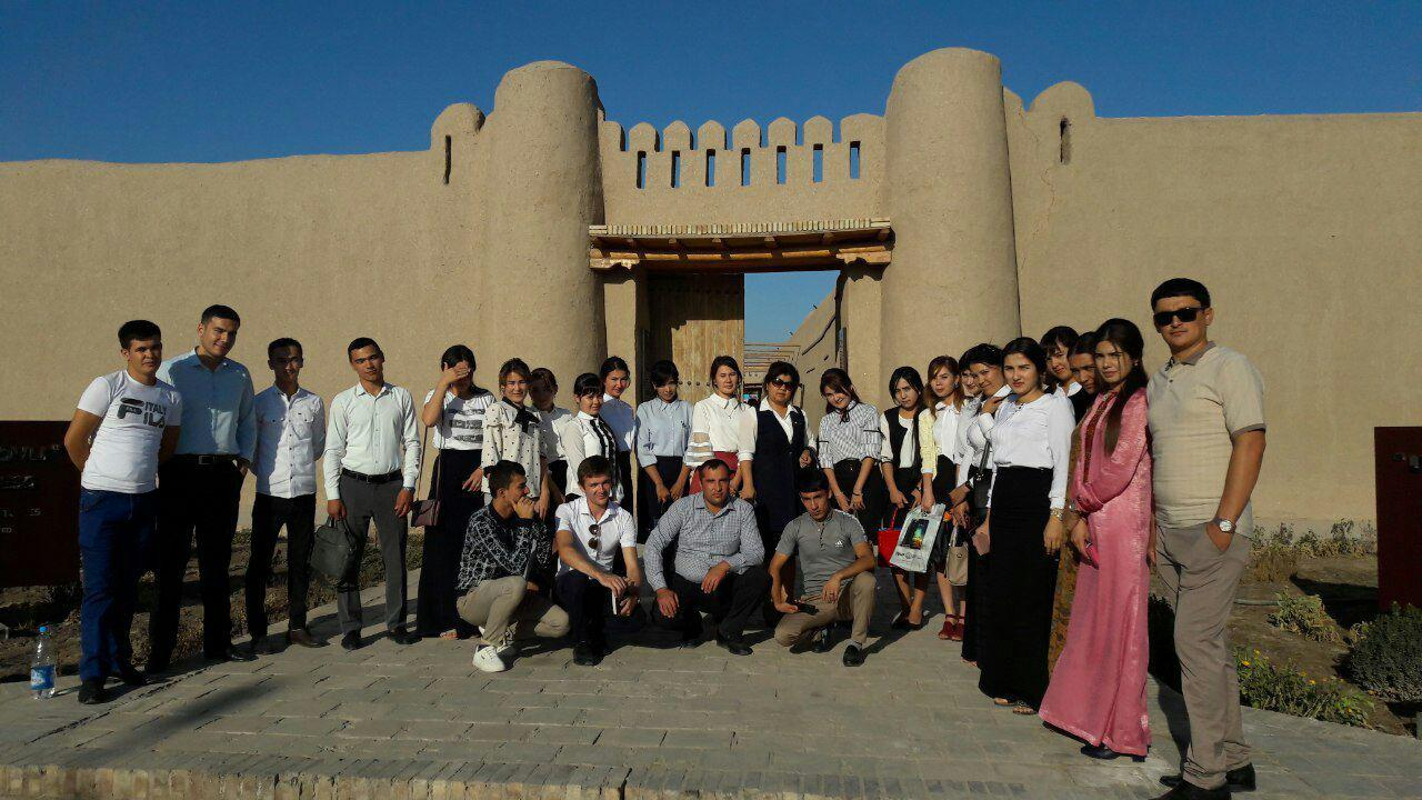 Students visit historical places on