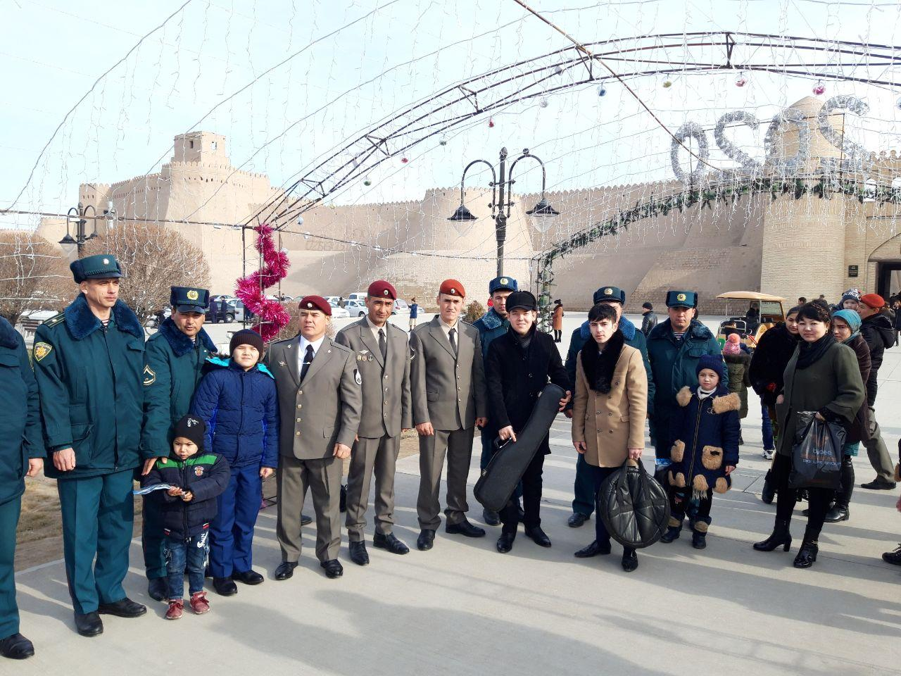 In honor of the 28th anniversary of the Armed Forces of the Republic of Uzbekistan, students of the Faculty of Art participated in the celebration in