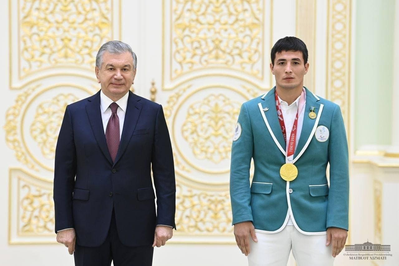Bugun Prezidentimiz Shavkat Mirziyoyev XVI Paralimpiya o'yinlari ishtirokchilari bilan uchrashdi.  Sportchi va murabbiylarga yuksak mukofotlar tantanali ravishda topshirildi.